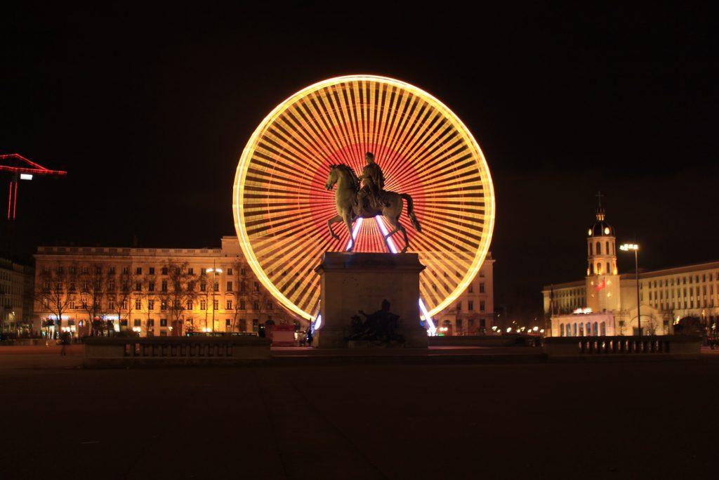 grande roue place bellecour lyon